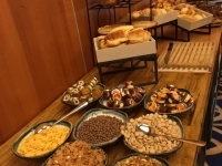 Hyman - North - Breakfast Buffet b